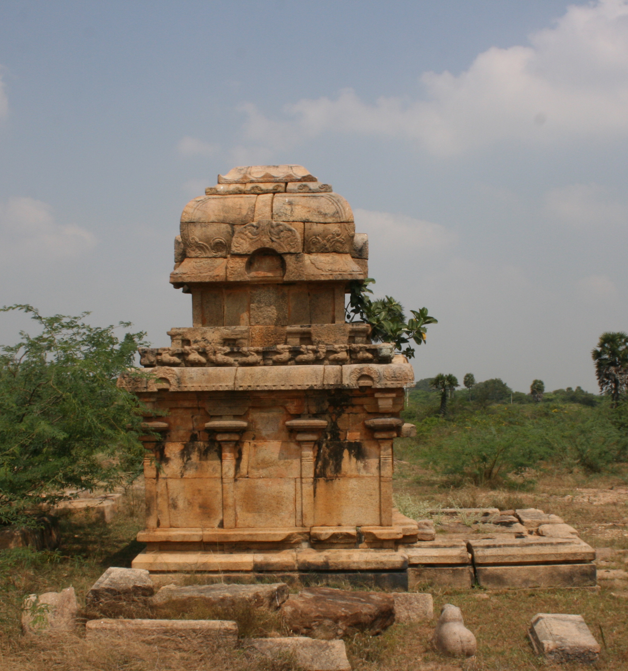 Pandukeshwar, Architectural Knowledge, and an Idea of India