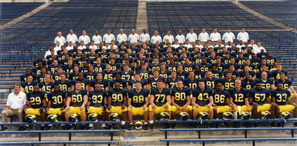 1998 football team photo