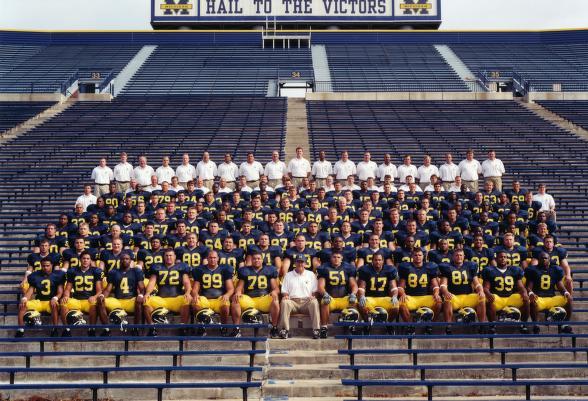 2001 team photo