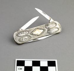 Knife; silver pocketknife, 3