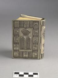 Prayer book with decorated silver binding, 3