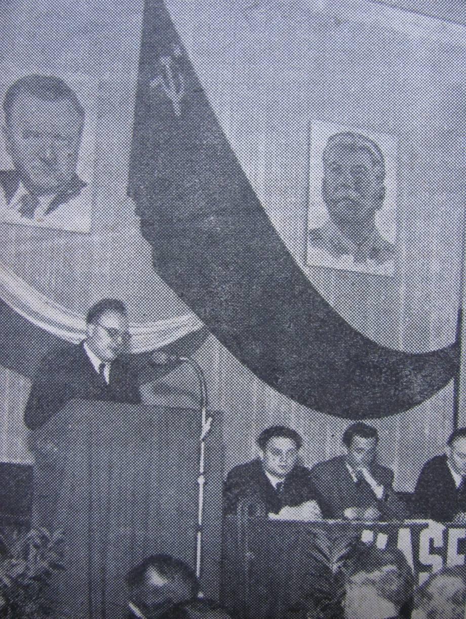 Sovietizing Czechoslovak Music The Hatchet Man Miroslav Barvik Panel Distribution Image Visual Dictionary Online Figure 5 Barvk Delivering Concluding Speech At Uccs Second Plenary Session In