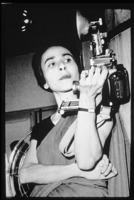 Fig. 1: Homai Vyarawalla with her Speedgraphix Camera. Courtesy the Homai Vyarawalla Archive / Alkazi Collection of Photography
