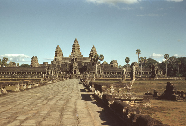 Margaret P. Hays, Angkor Wat, approach to the inner temple from the west, 1955.