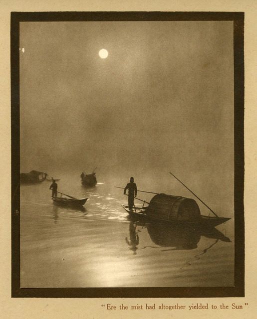 Fig. 22: Donald Mennie (1899?-1941), Ere the mist had altogether yielded to the sun, ca. 1920s. Photogravure. From Glimpses of China: A Series of Vandyck Photogravures illustrating Chinese life and surroundings. Private Collection.