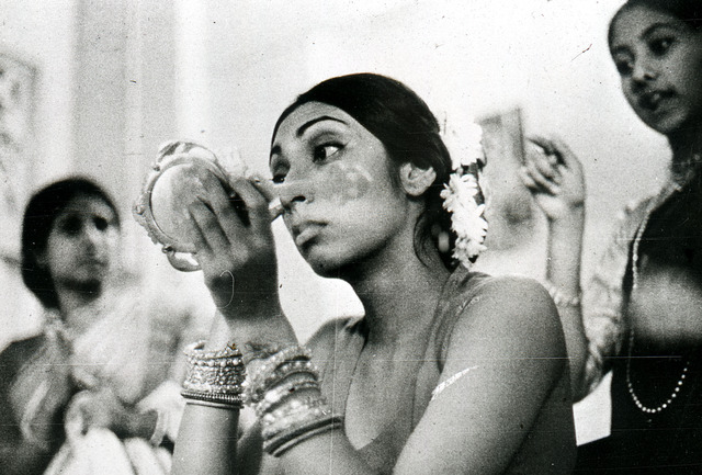 Fig. 3. Debalina Majumdar, Bride dressing for her wedding, Mumbai, 1975, reproduced from the digital copy stored at the Urban History Documentation Archives, Centre for Studies in Social Sciences, Calcutta, by permission of the Estate of Debalina Majumdar.