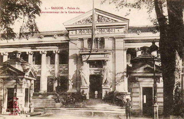 Fig. 26. Palace of the Governor General of South Vietnam (previously the Palace of the Lieutenant Governor). Today this is the Municipal Institute for the Arts. The upper level of the gate at the door and the two flanking statues are no longer extant. (by Alexandre Francis Decoly's Edition La Pagode Saigon).