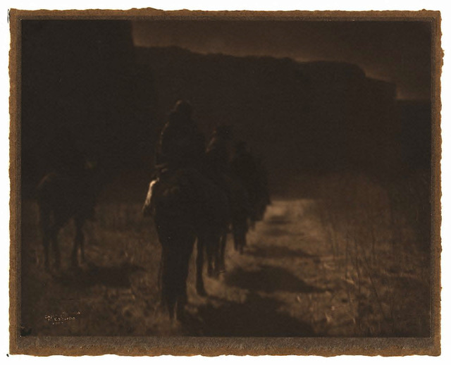 Fig. 7. Edward S. Curtis, Vanishing Race - Navaho, 1904. http://www.loc.gov/pictures/item/2004672871/.