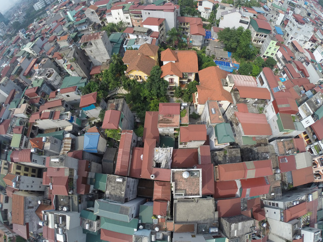 Fig. 7. Bird's eye view onto Ngoc Ha, 2014 © Philippe Lê.