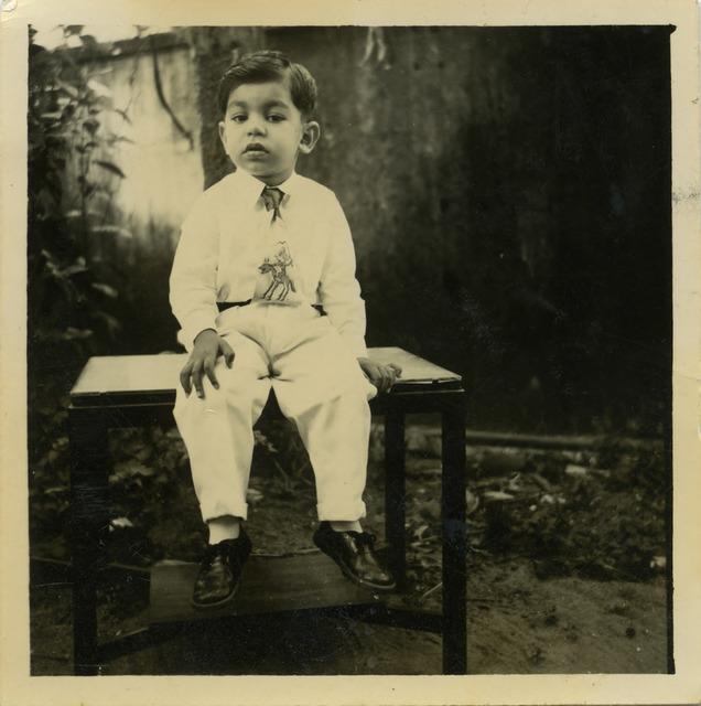 Fig. 18. Haleema Hashim, Riaz Ahmed, 1950s, 6.35 x 6.35 cm., courtesy of Nihaal Faizal.