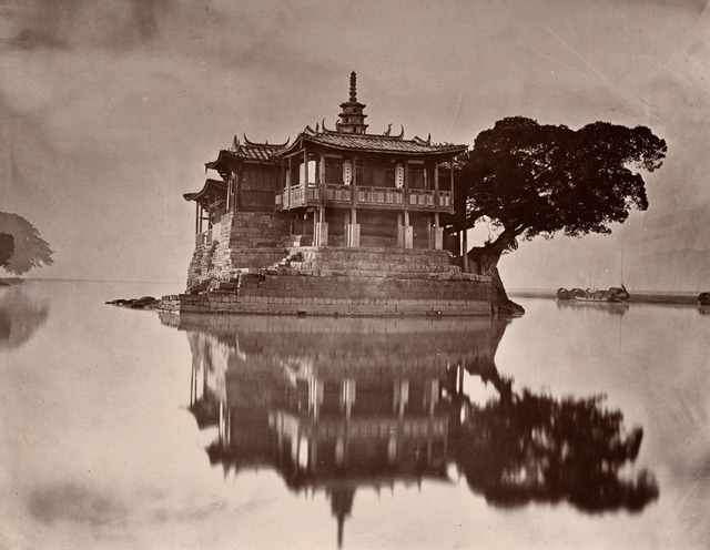 Fig. 1. John Thomson, The Island Pagoda, 1873, Peabody Essex Museum, gift of the estate of Mrs. Anthony Rives, 1973, PH26.19, courtesy of Peabody Essex Museum, Salem, MA.