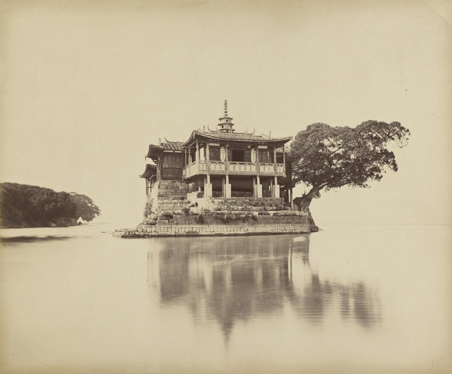 Fig. 2. Tung Hing, 'Hung-'tang-chin-shan-shih, Monastery, 1862-70, Getty Research Institute, Los Angeles (2003.R.22).