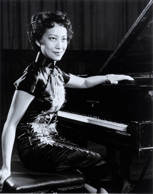 Fig. 5. The Singapore-born pianist, Florence Margue-Wong, performed recitals at the Victoria Memorial Hall in 1956. Marjorie Doggett, © National Archives of Singapore.